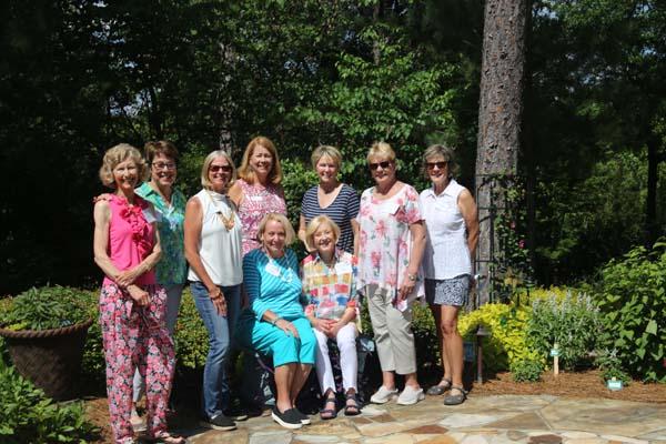 Women of Woodside 2021 Garden Tour Committee