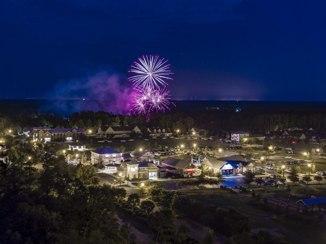 fourth of july at Woodside Communities